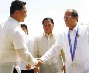REP. JUN Omar Ebdane and his father, Gov. Hermogenes Ebdane, welcome President Aquino during the President's recent visit to the Philippine Merchant Marine Academy in San   Fernando. inquirer.net/